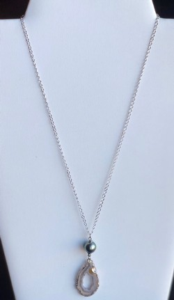 Single Pearl Necklace - TC11